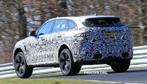 Jaguar-F-Pace-SVR-Facelift-(18)-spied