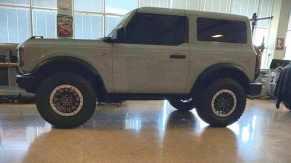 Leaked-2021-Ford-Bronco-2-door