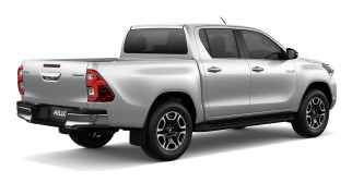 2020 Toyota Hilux facelift-39