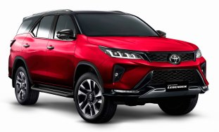 Toyota-Fortuner-Legender-Emotional-Red