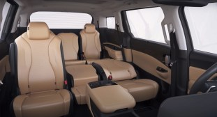 2021 Kia Grand Carnival 11-seater YT-15