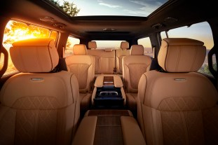 All-new 2022 Grand Wagoneer features hand-wrapped, quilited Pale
