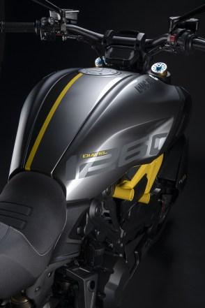 2022 Ducati Diavel 1260 S Black and Steel - 28