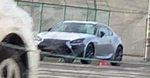 Lexus-UC-spyshots-Twitter-3_BM