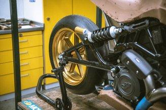 2021 Workhorse Black Swan Indian Motorcycle FTR - 16