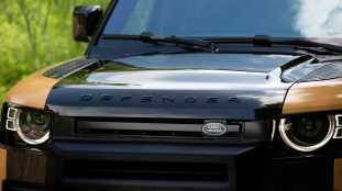 Land-Rover-Defender-Trophy-Edition-4_BM