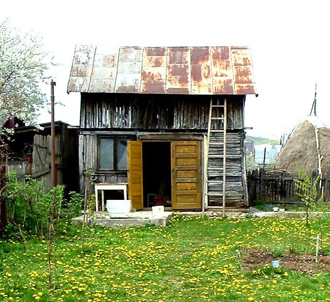 """Construirea unei anexe de lemn (sau cât de departe pot ajunge aberaţiile """"legale"""" în România, în domeniul construcţiilor) (2/3)"""