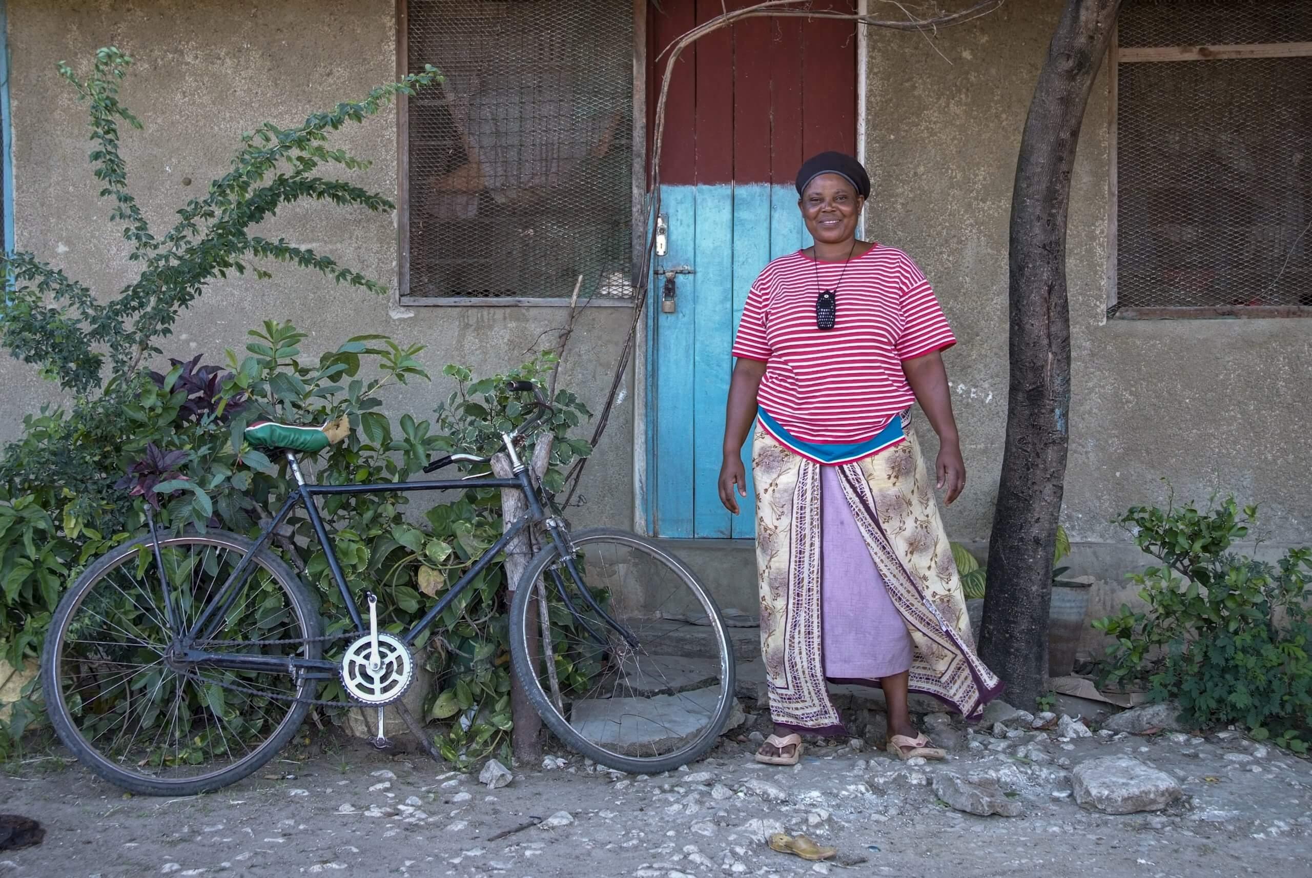 10 boerin trotsevrouw Domina Alex Tanga Tanzania 3953 scaled