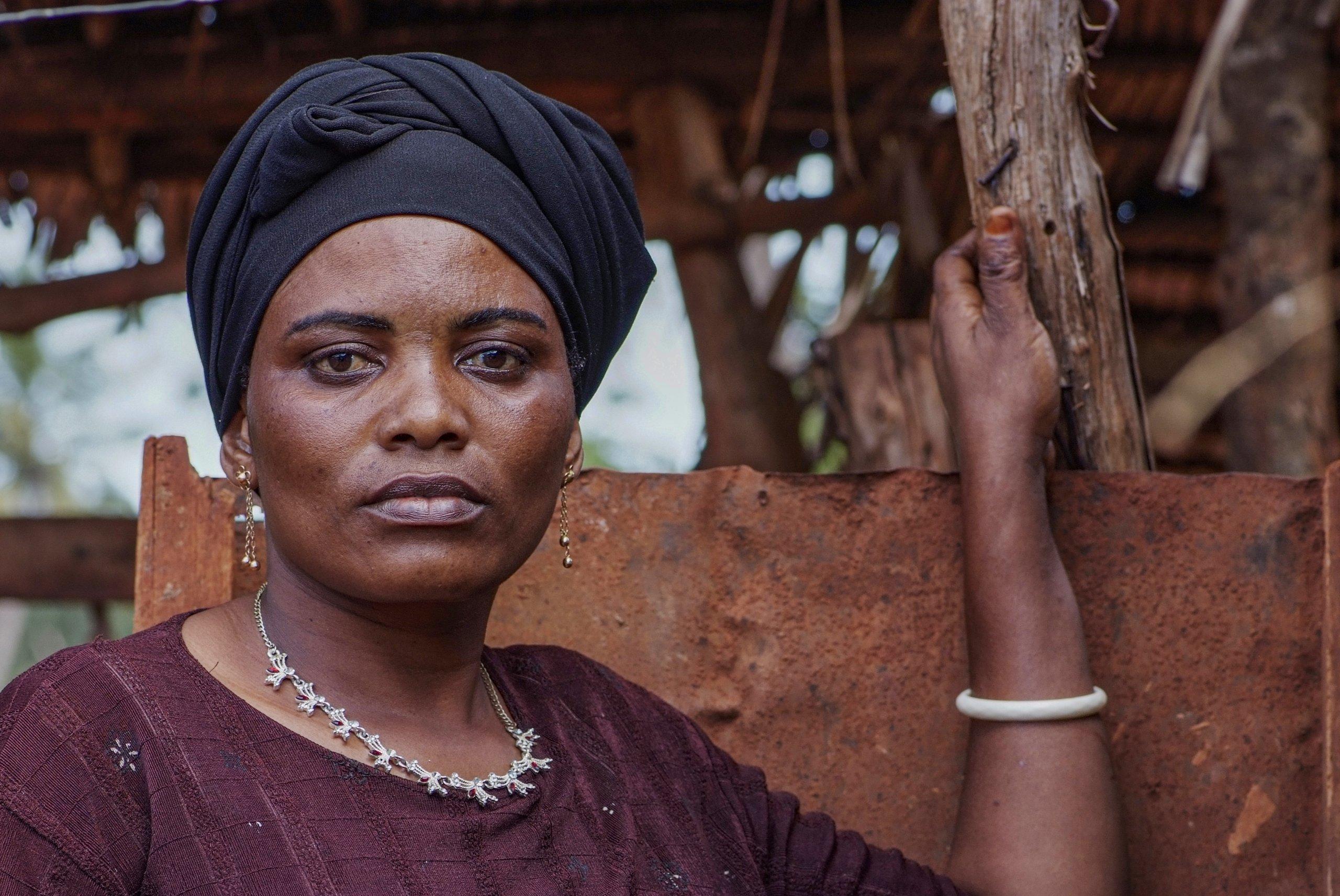 38 04 boerin trotsevrouw Mwajuma Abdalah Maramba Tanzania 6218 scaled