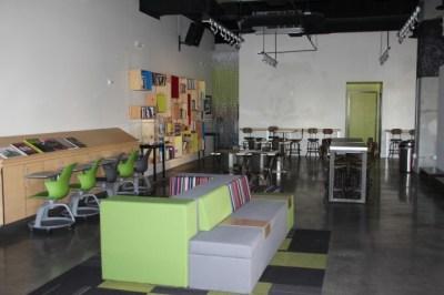 las-vegas-downtown-project-tony-hsieh-tour-deserted-windows-space