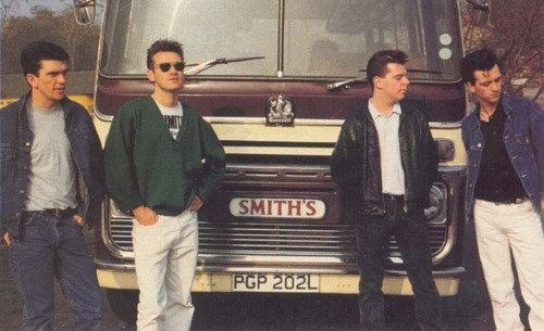 There Is A Light That Never Goes Out The Smiths Pauranka