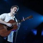 Gerard estrena Fugaces y lo presenta en directo durante la semifinal de OT 2020
