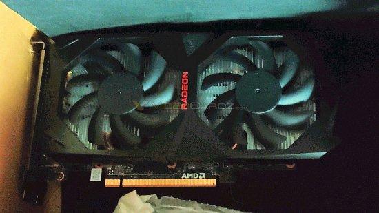 AMD-Radeon-RX6600XT-1