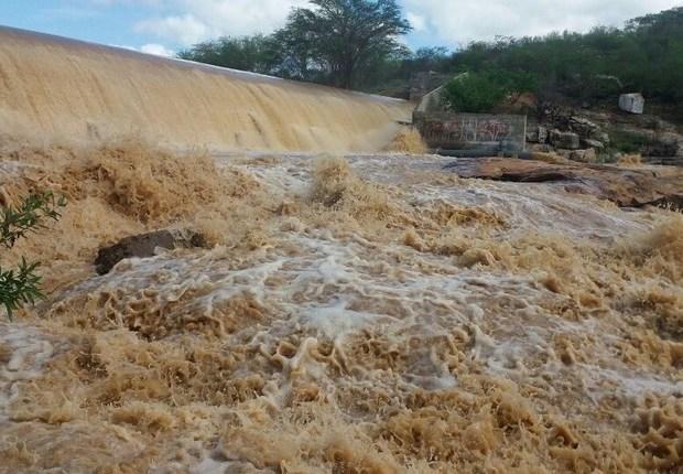 Projeto São Francisco estimula economia após um ano da chegada das águas a Paraíba e Pernambuco