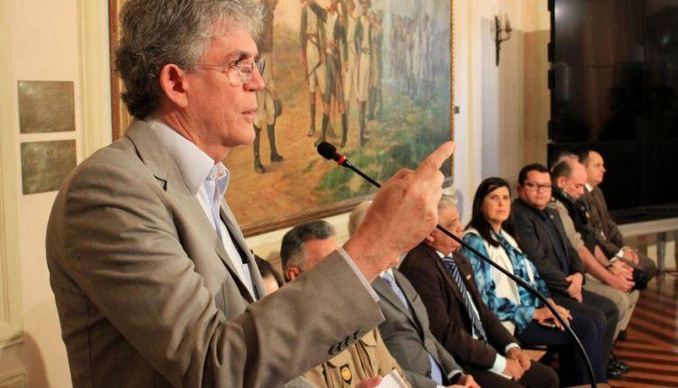 Ricardo participa de seminário sobre Competitividade dos Estados e da Paraíba