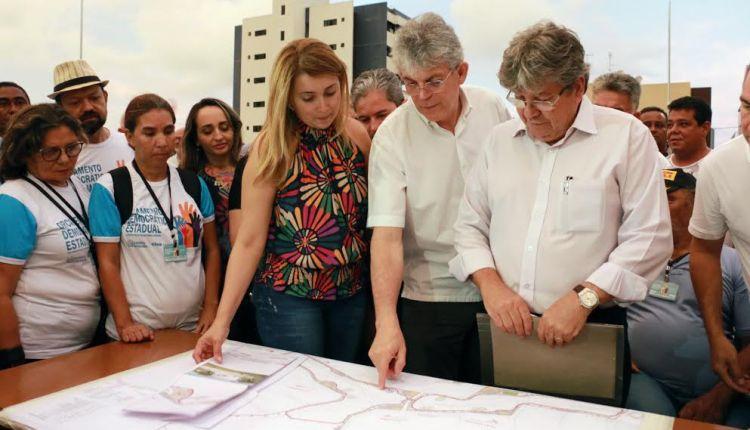 Ricardo inspeciona obras da 2ª etapa do Parque Linear Parahyba