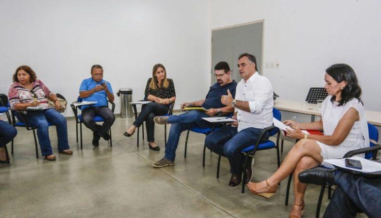 Luciano Cartaxo concede aumento de 6,81% para os professores