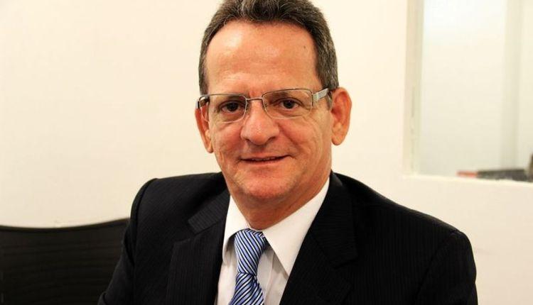 Nome de Marcos Vinícius volta a ganhar força para compor chapa majoritária da oposição