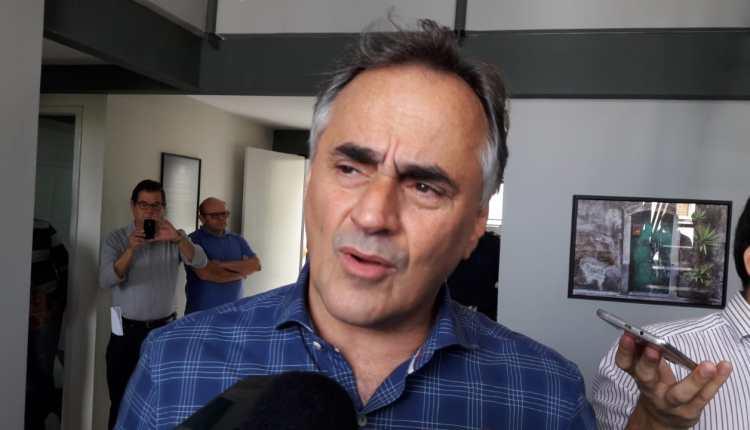 """OUÇA: """"Não é uma candidatura robotizada"""", dispara Cartaxo sobre críticas de Azevêdo ao nome de Lucélio"""