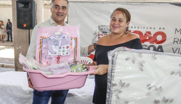 PMJP entrega kits para gestantes carentes e garante enxoval para o nascimento de 200 bebês