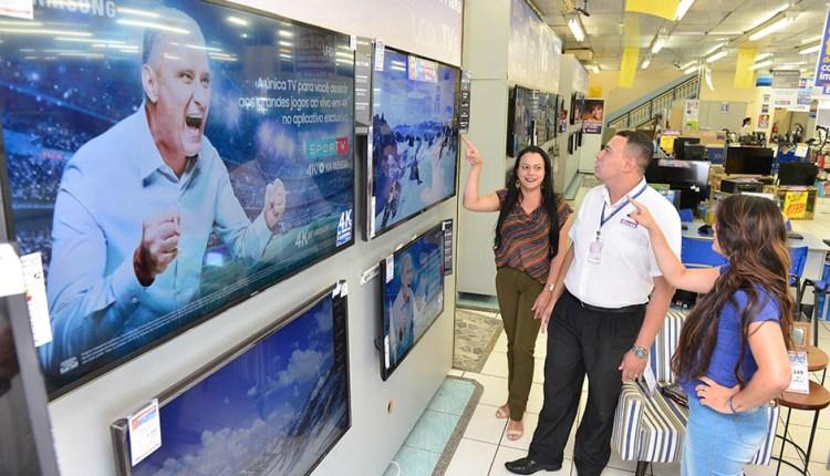 Procon-JP encontra diferença de R$ 1,1 mil nos preços de aparelhos de TV