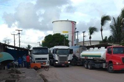 Associação Brasileira dos Caminhoneiros aceita proposta e greve deve acabar