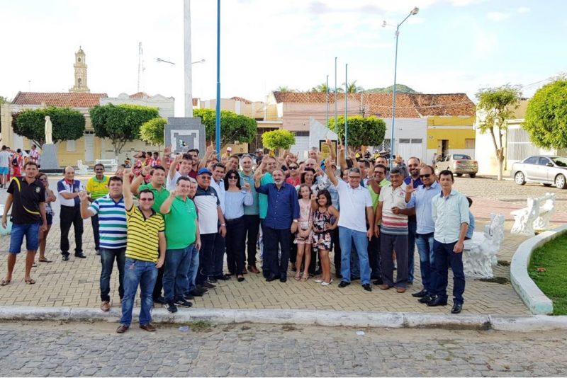 Em Itaporanga, Lucélio diz que o trabalho é sinônimo de dignidade e que o Estado precisa gerar mais emprego