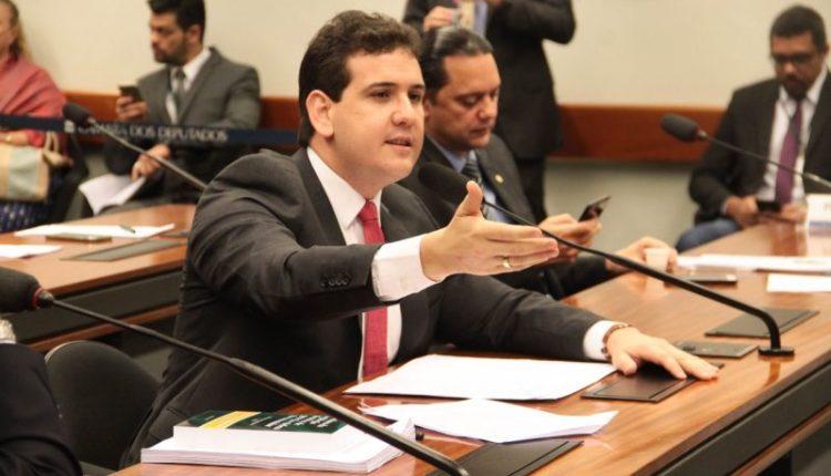 Câmara aprova proposta de André Amaral que cria subcomissão para acompanhar preço de combustíveis