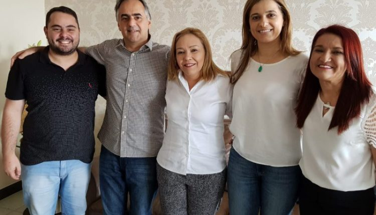 Em encontro, Eva Gouveia ratifica apoio do PSD a Lucélio Cartaxo