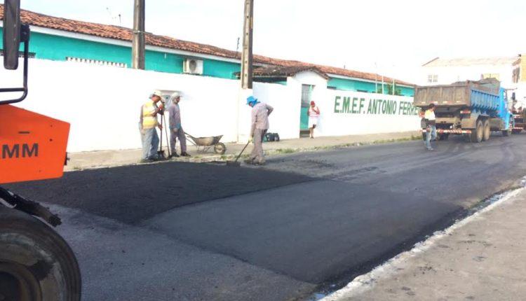Prefeitura de Santa Rita implanta faixas elevadas para travessia de pedestres