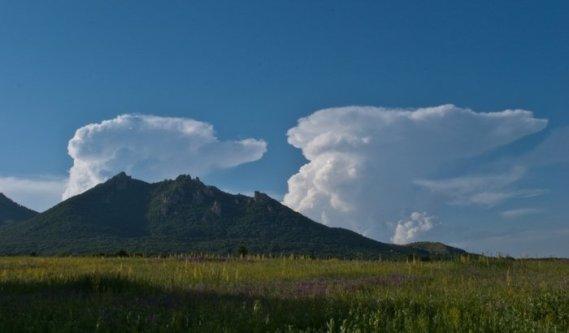 Облака за Бештау