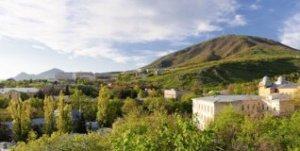 Весенняя панорама пятигорска - 150 мегапикселей