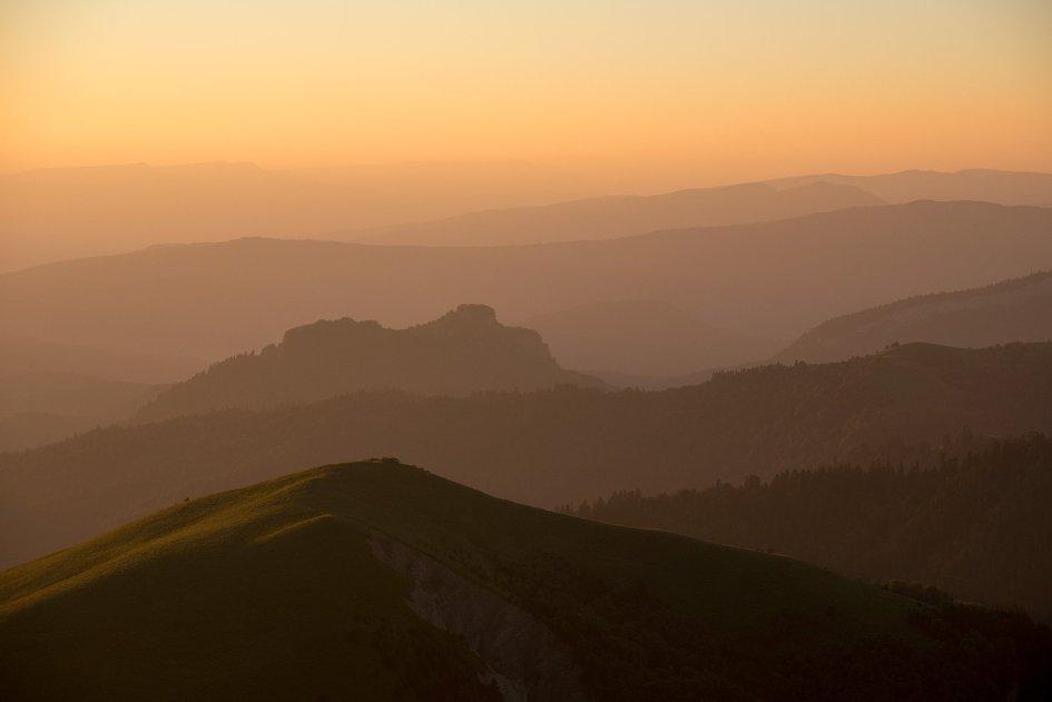 Рассвет в горах Адыгеи