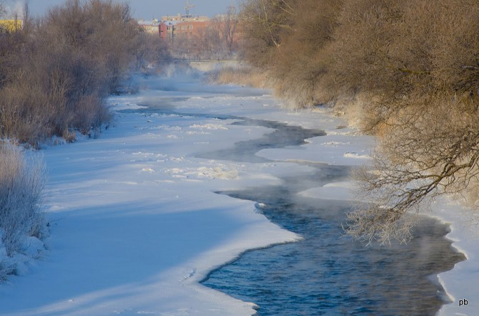 Замерзающая река Подкумок