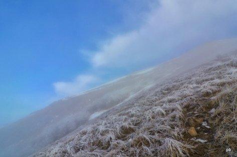 Облака и дымка