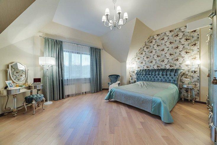 Интерьерное фото спальни