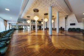 Интерьерное фото актового зала в санатории