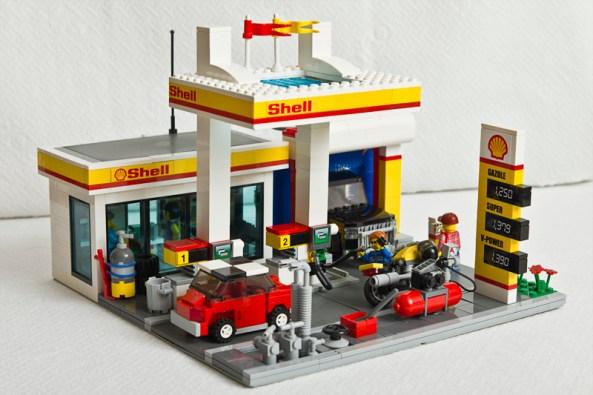 Dečja radost, a radost i naftne kompanije Shell - Lego