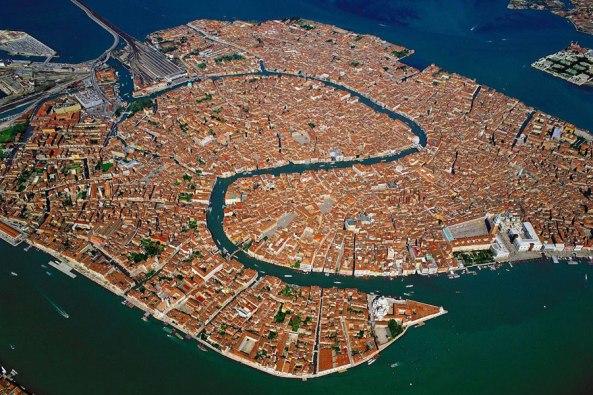 """Venecija sa """"zlatnom strukturom""""urbanog planiranja iz doba renesanse"""