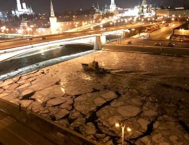 Москва-река зимой