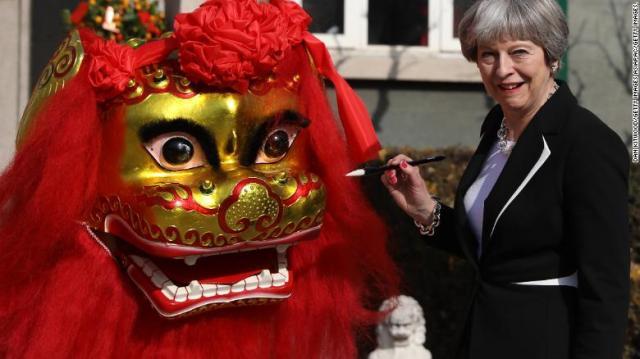 Britanska premijerka u poseti Pekingu (1. feb 2018,. Foto: CNN)