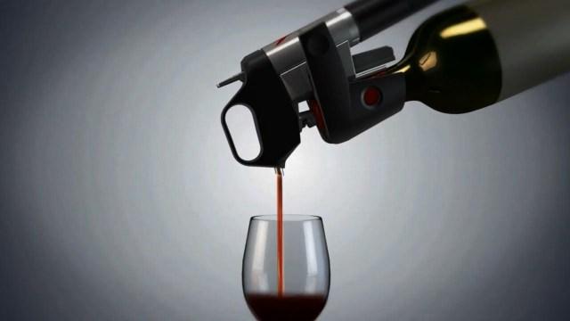 Mehanizam kojim se vino odsipa iz boce bez vađenja čepa