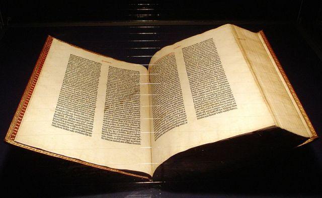 Kopija Gutenbergove Biblije u muzeju u Majncu