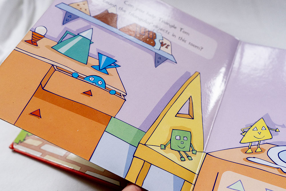 Children's books - Shapes in the home