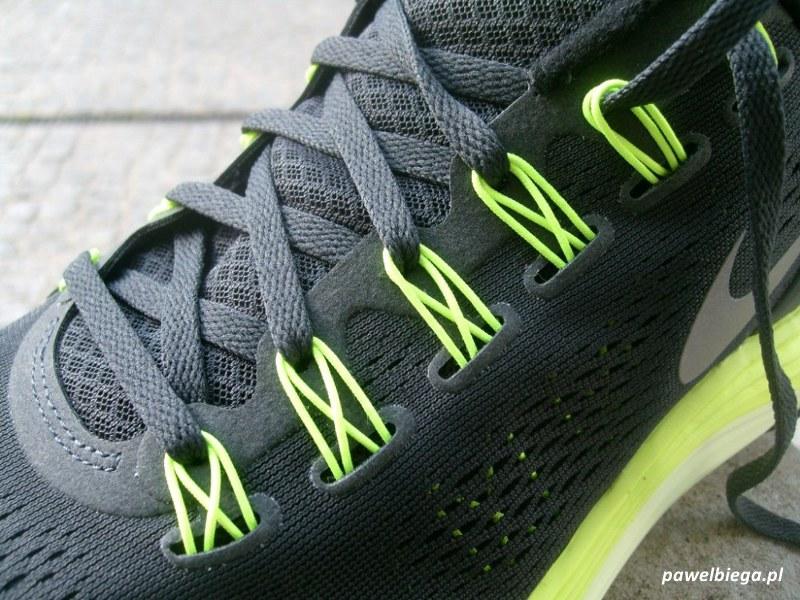 Nike LunarGlide+ 4 - żyłki flywire