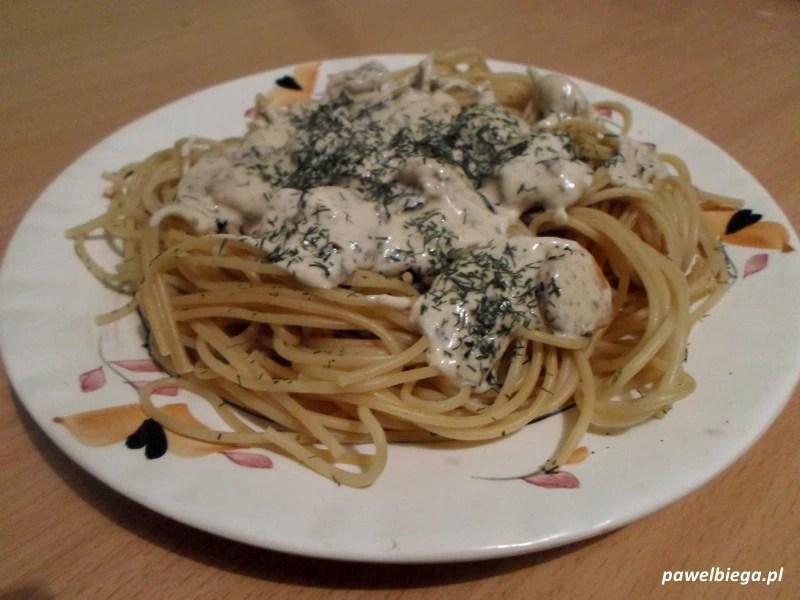 Spaghetti z krewetkami - gotowe danie