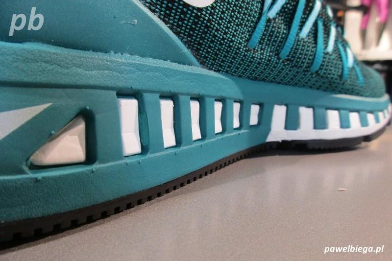 Nike Zoom Odyssey 2 - Dynamic Duomax