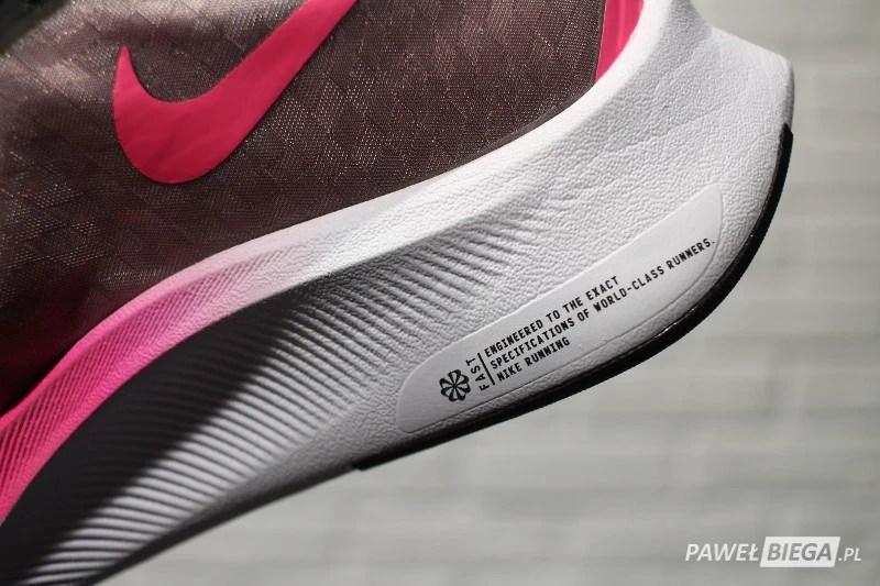 Nike Zoom Fly 3 - detal podeszwy