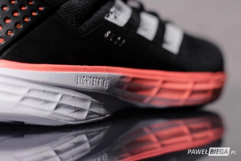 adidas SL20 - Lightstrike