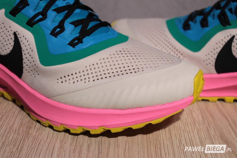 Nike Zoom Pegasus Trail - czubek